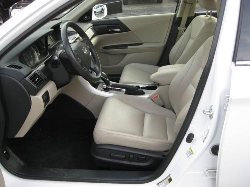 2013 Honda Accord EX-L V6 4dr Sedan w/Navi - Crete IL