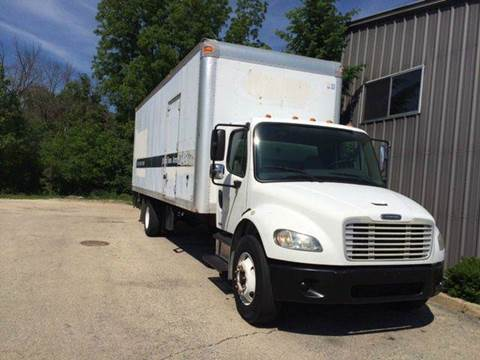 2005 Freightliner M2 106 for sale in Chicago, IL