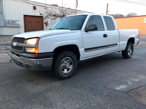 2004 Chevrolet Silverado 1500 for sale at Master Auto in Revere MA