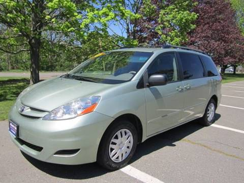 2006 Toyota Sienna for sale at Master Auto in Revere MA