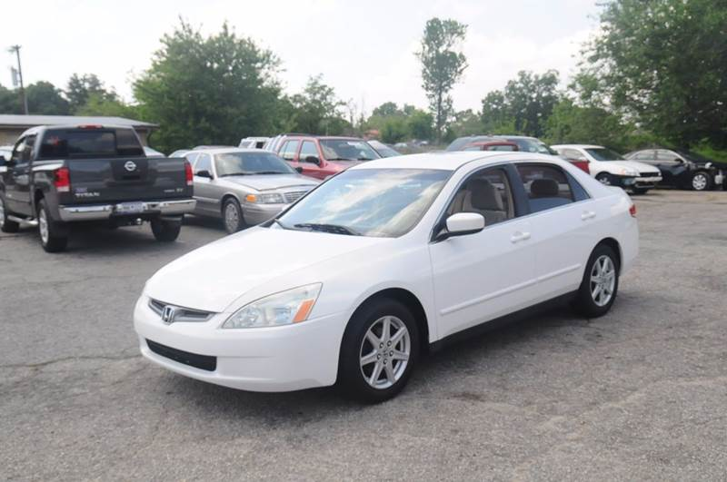 2004 Honda Accord for sale at RICHARDSON MOTORS in Anderson SC