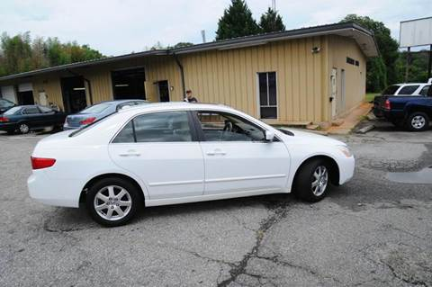 2005 Honda Accord for sale at RICHARDSON MOTORS in Anderson SC