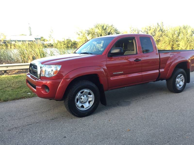 Toyota Tacoma 2011 PreRunner 4x2 4dr Access Cab 6.1 ft SB 4A