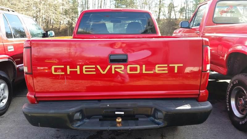2000 Chevrolet S-10 2dr 4WD Extended Cab SB - Mount Carmel TN