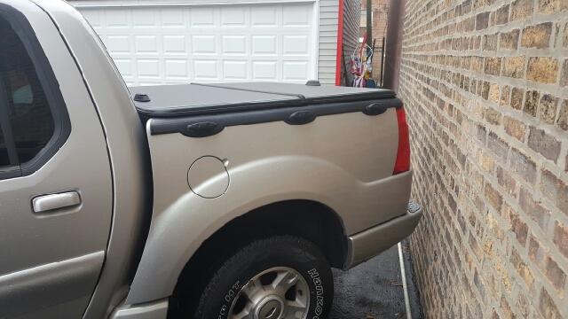2004 Ford Explorer Sport Trac XLT 4dr 4WD Crew Cab SB - Melrose Park IL