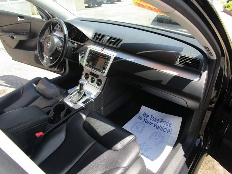 2010 Volkswagen Passat Komfort 4dr Wagon - Melrose Park IL