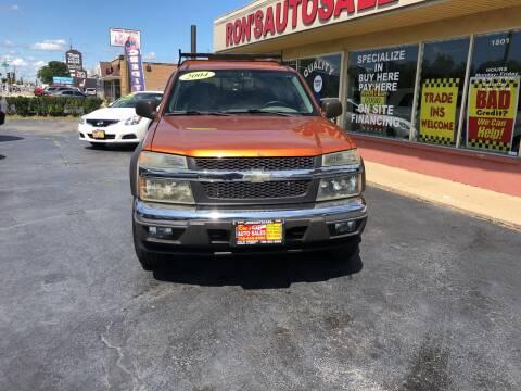 2004 Chevrolet Colorado for sale at RON'S AUTO SALES INC in Cicero IL