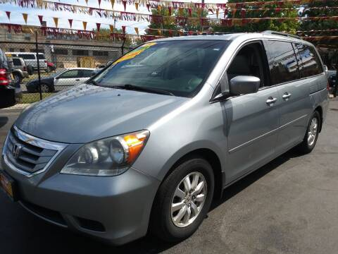 2009 Honda Odyssey for sale at RON'S AUTO SALES INC in Cicero IL
