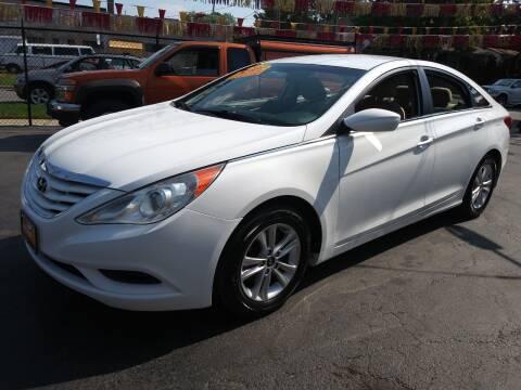 2013 Hyundai Sonata for sale at RON'S AUTO SALES INC in Cicero IL