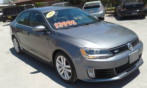 2013 Volkswagen Jetta for sale at CHAVIRA MOTORS in El Paso TX