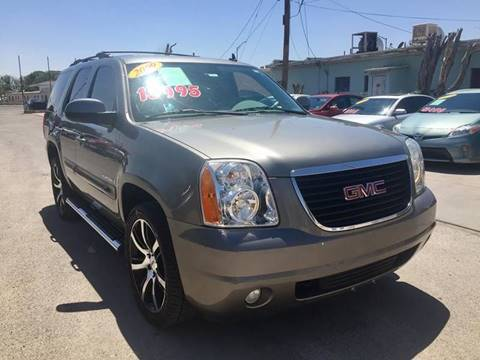 2009 GMC Yukon for sale at CHAVIRA MOTORS in El Paso TX