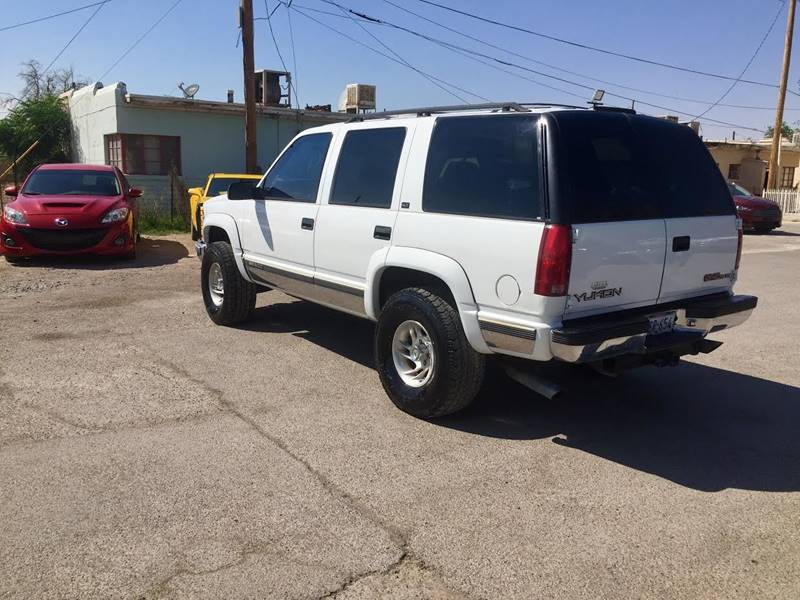 1997 GMC Yukon for sale at CHAVIRA MOTORS in El Paso TX