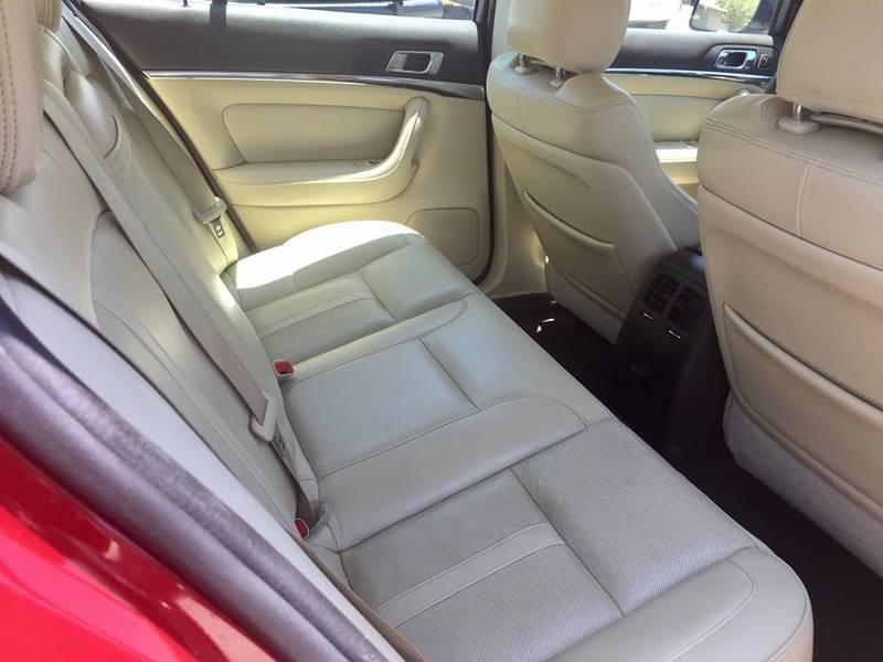 2013 Lincoln MKS for sale at CHAVIRA MOTORS in El Paso TX