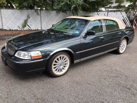 2003 Lincoln Town Car for sale at AMERI-CAR & TRUCK SALES INC in Haskell NJ
