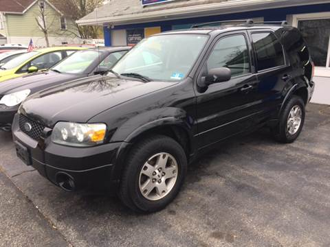 2005 Ford Escape for sale at AMERI-CAR & TRUCK SALES INC in Haskell NJ