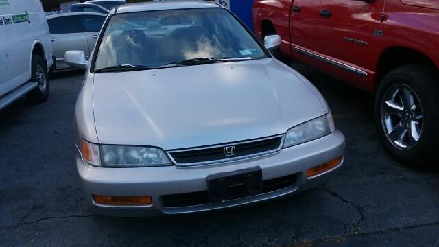 1996 Honda Accord LX 4dr Sedan   Haskell NJ