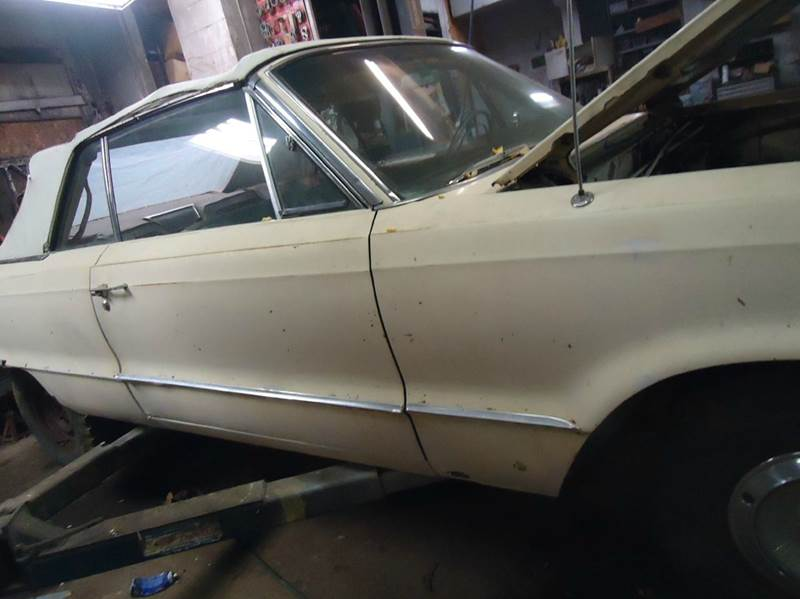 1965 Dodge Polara 3