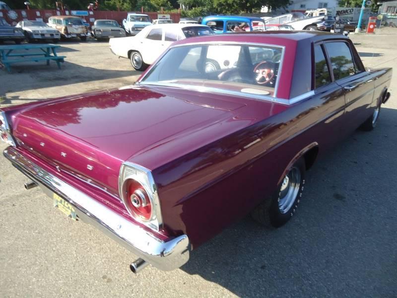 1965 Ford custom 17