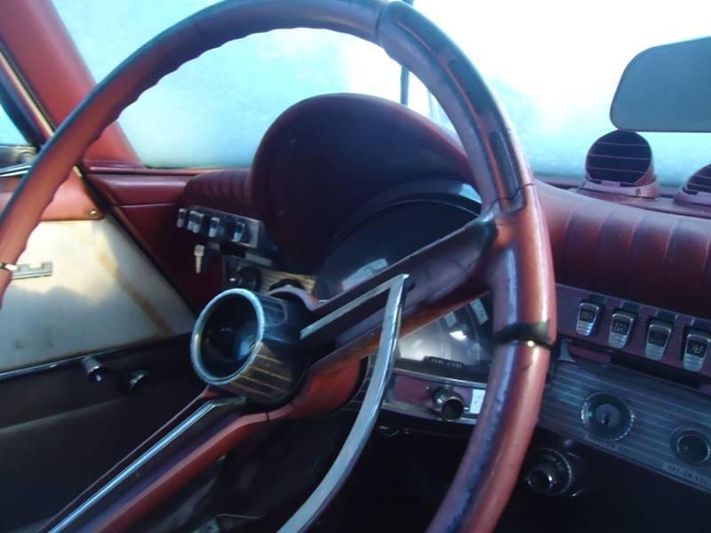 1961 Chrysler Newport 6