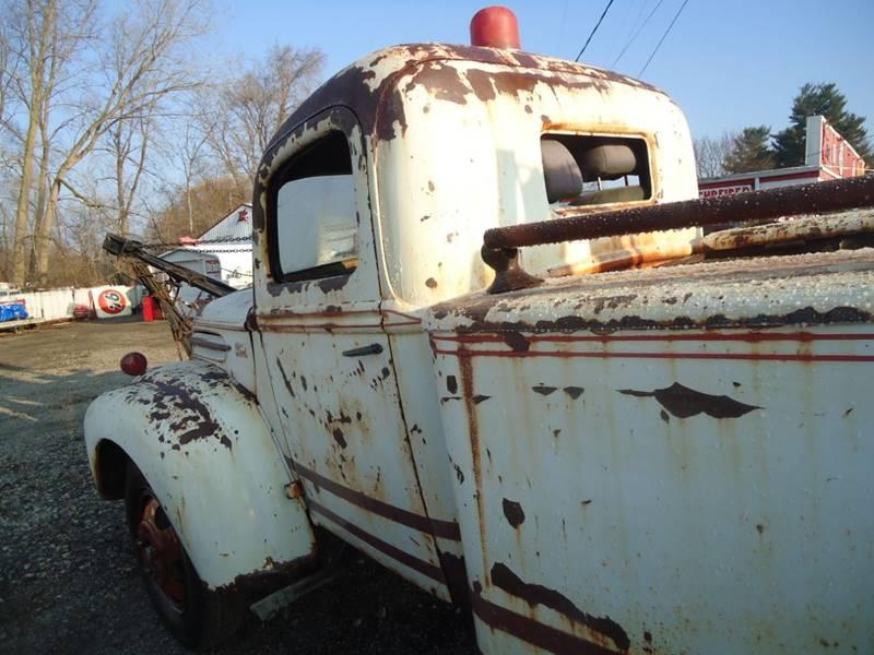 1945 Ford wreaker 13