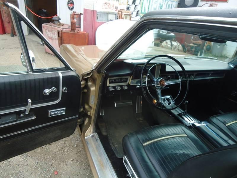 1965 Plymouth Sport Fury 10
