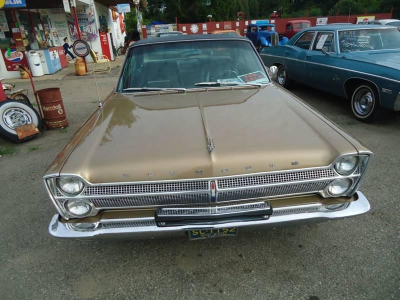 1965 Plymouth Sport Fury 18
