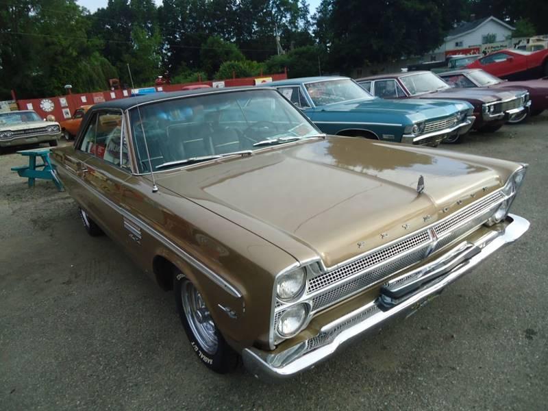 1965 Plymouth Sport Fury 25