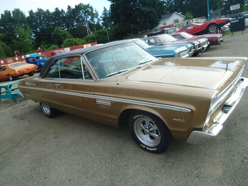 1965 Plymouth Sport Fury 26
