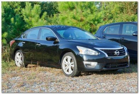 2013 Nissan Altima for sale at WHITE MOTORS INC in Roanoke Rapids NC