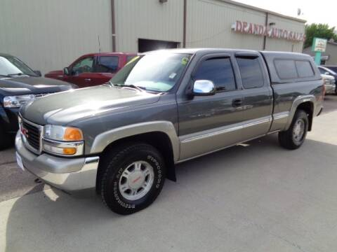 2001 GMC Sierra 1500 for sale at De Anda Auto Sales in Storm Lake IA