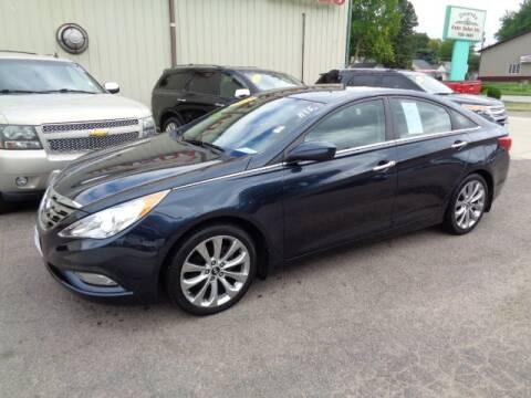 2012 Hyundai Sonata for sale at De Anda Auto Sales in Storm Lake IA