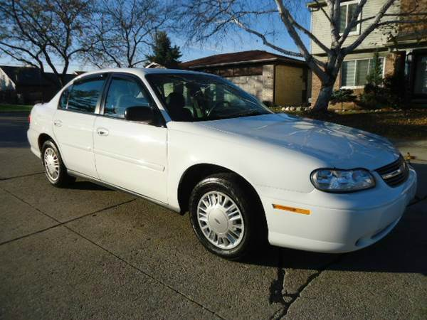 2003 Chevrolet Malibu for sale at Auto Experts in Shelby Township MI