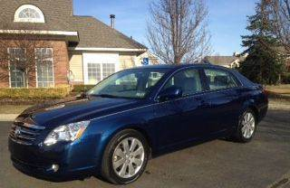 2007 Toyota Avalon for sale at Auto Experts in Shelby Township MI