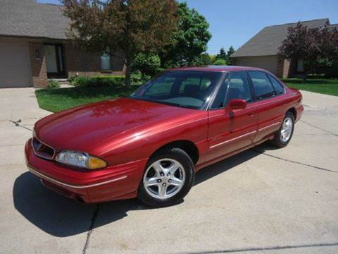 1998 Pontiac Bonneville for sale at Auto Experts in Shelby Township MI