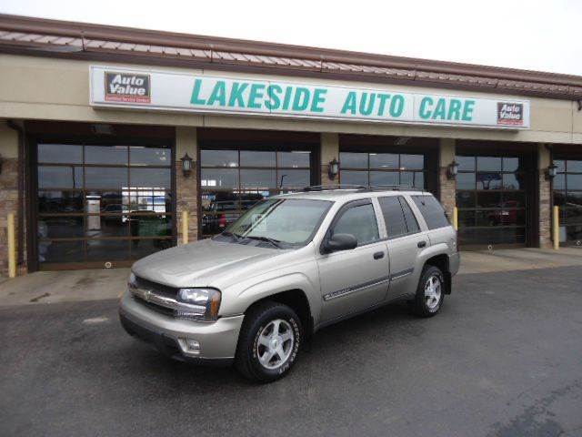 2002 Chevrolet TrailBlazer for sale at Auto Experts in Shelby Township MI