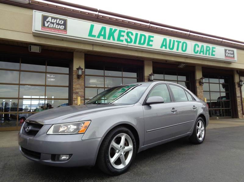 2007 Hyundai Sonata for sale at Auto Experts in Shelby Township MI
