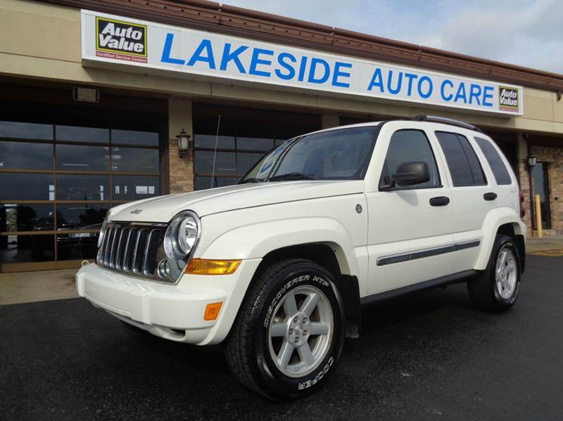 2006 Jeep Liberty for sale at Auto Experts in Shelby Township MI