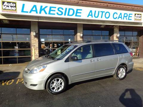 2006 Toyota Sienna for sale at Auto Experts in Shelby Township MI