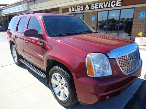 2007 GMC Yukon for sale at Auto Experts in Shelby Township MI