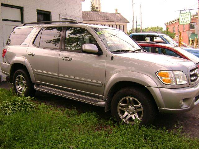 2003 Toyota Sequoia Limited 4WD 4dr SUV - Burlington WI