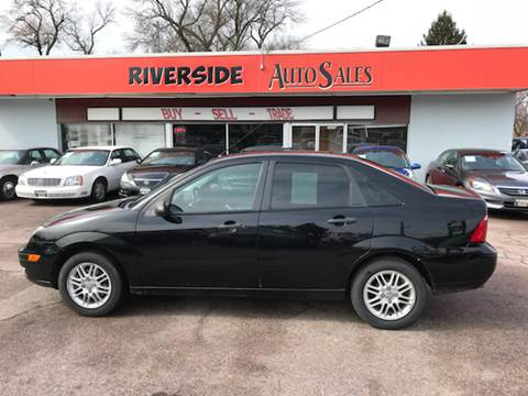 2007 Ford Focus for sale at RIVERSIDE AUTO SALES in Sioux City IA