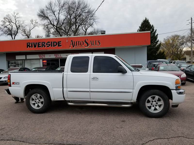 2006 Gmc Sierra 1500 Sle2 4dr Extended Cab 4wd 5 8 Ft Sb In Sioux