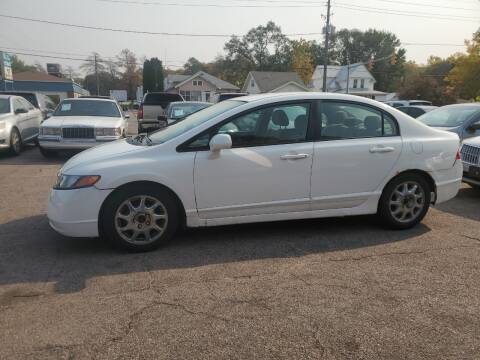 2009 Honda Civic for sale at RIVERSIDE AUTO SALES in Sioux City IA