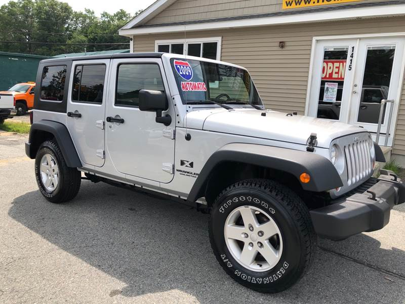 2009 Jeep Wrangler Unlimited for sale at Home Towne Auto Sales in North Smithfield RI