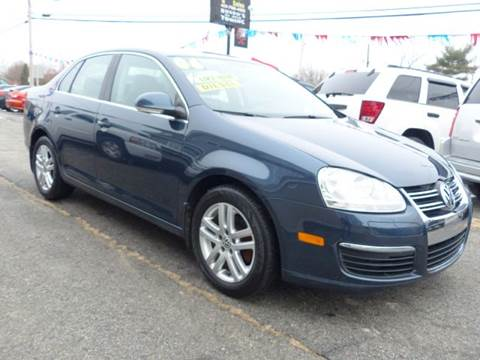 2006 Volkswagen Jetta for sale at Home Towne Auto Sales in North Smithfield RI