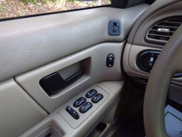 2006 Ford Taurus SE 4dr Sedan - Florence SC