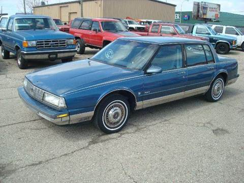 1990 Oldsmobile Ninety-Eight for sale in Port Huron, MI