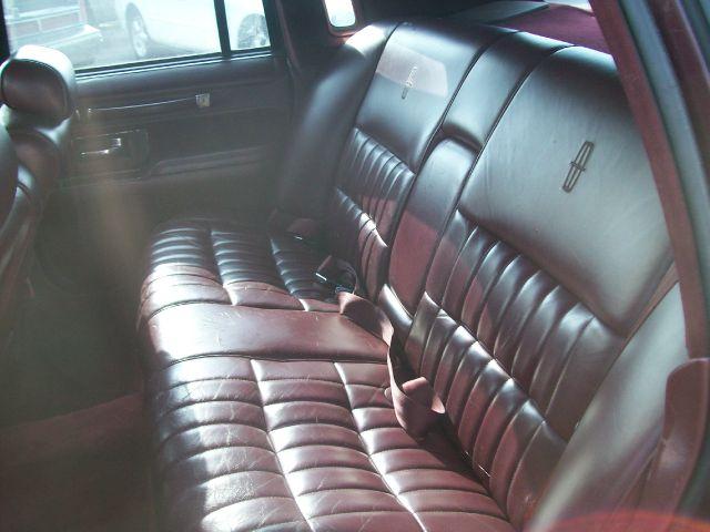 1990 Lincoln Town Car  - Port Huron MI