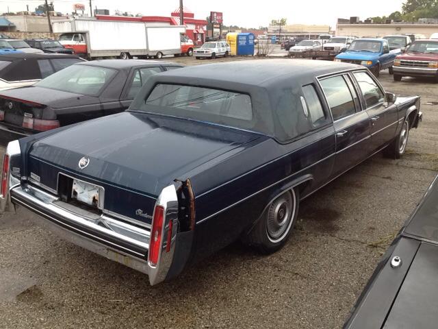 1980 cadillac fleetwood brougham port huron mi detroit michigan limousines vehicles for sale. Black Bedroom Furniture Sets. Home Design Ideas