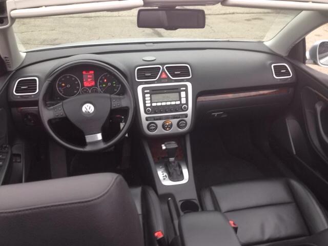 2007 Volkswagen Eos 3.2L 2dr Convertible - Port Huron MI